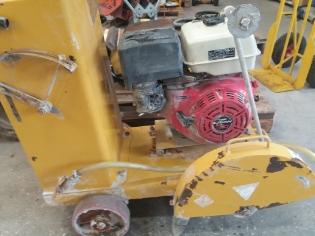 450 mm, Brugt asfaltskærer